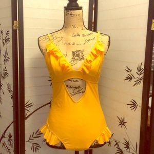 Cute yellow ruffled Swimsuit